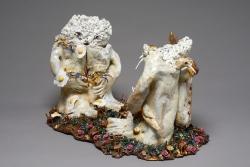 marlene-mocquet-assise-rocailleuse-01-31x52x30cm-porcelaine-gres-email-grand-feu-et-petit-feu-email-or-b444f021e17a4422d55f9c17e447d412