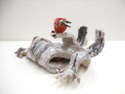 mocquet-le-poids-de-ma-fraise-12-5x23x24cm-2009-01-web-38aa34949dc075a0449acc77732ec8de