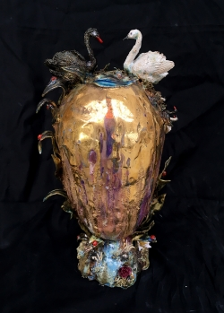 mocquet-vase-quenouille-a-l-oeuf-d-or-38x16x22cm-2018-05-web-84e38c501f48b12ad1a4788bdedb1e19